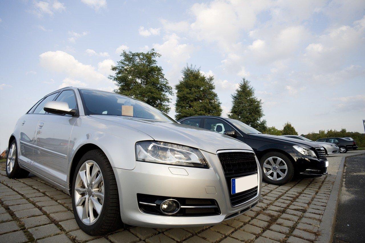 Kupno aut używanych – czy warto?