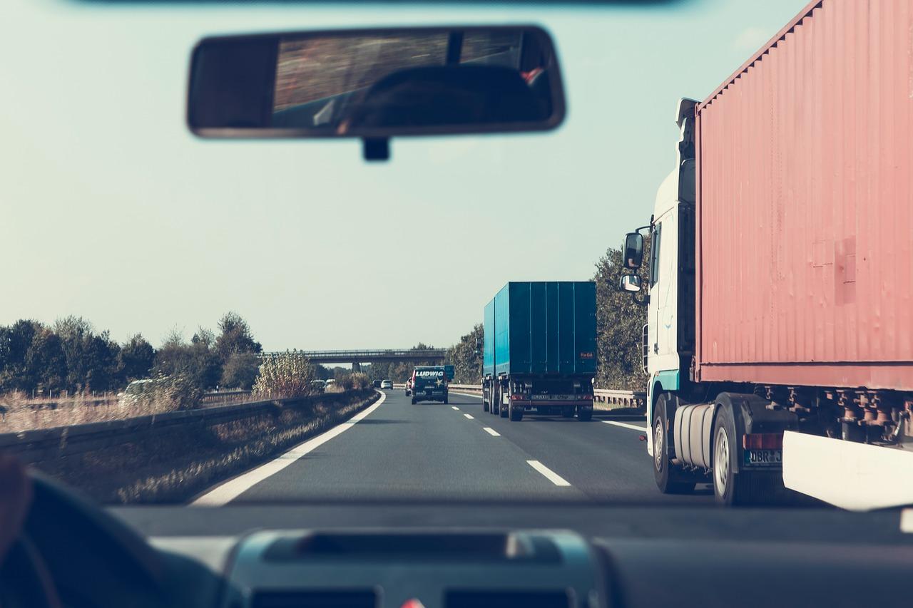 Infrastruktura drogowa, która wymaga wysokich lotów.